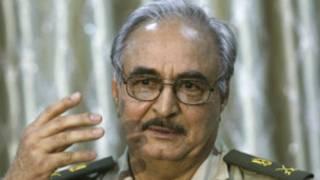 Le général libyen à la retraite Khalifa Haftar. Son porte-parole a revendiqué les tirs à l'arme lourde en direction du Parlement