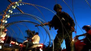 थाईलैंड मार्शल लॉ