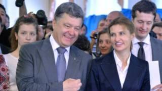 Petro Poroshenko (kushoto)