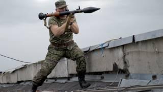 Бой в Луганске