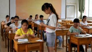 高考(新华社图片)