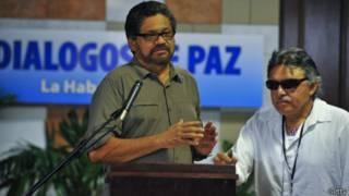 Representantes de la FARC en negociaciones en Cuba