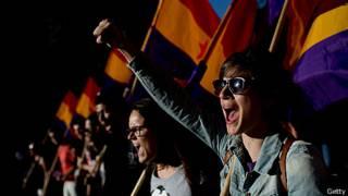Manifestantes antimonarquía en España