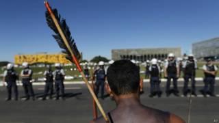 Protesto indígena em Brasília (AP)