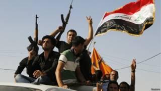 Voluntários se juntam a Exército do Iraque (foto: Reuters)