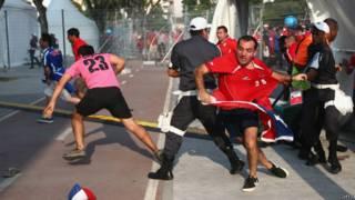 Torcedores chilenos invadem Maracanã / Crédito: Getty