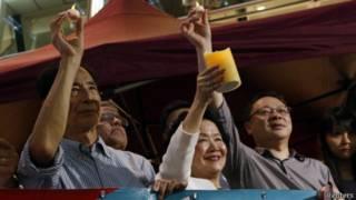 活動發起人戴耀廷與知名民主人士陳方安生和李柱銘