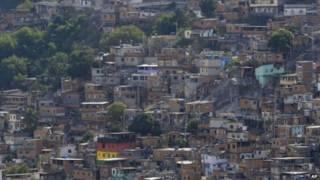 Favela (AP)