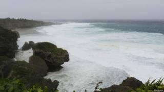Волны на Окинаве