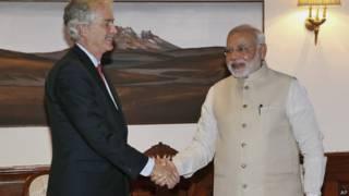 अमरीकी उप विदेश मंत्री विलियम बर्न्स और भारतीय प्रधानमंत्री नरेंद्र मोदी