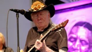 El guitarrista falleció a los 70 años en Zurich.