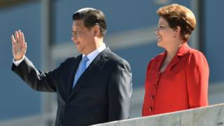 Xi Jinping e DIlma Rousseff em Brasília (foto: AFP)