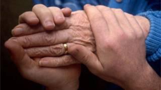 Эвтаназия могла бы облегчить страдания смертельно больным людям