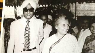 पूर्व प्रधानमंत्री इंदिरा गांधी के साथ मनोज कुमार.
