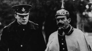 Winston Churchill y Guillermo II de Alemania
