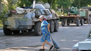 Жители Лисичанска возвращаются к мирной жизни