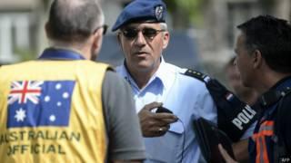 Equipe forense de australianos e holandeses na Ucrânia (AFP)