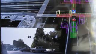 在英國,包括一個牛津大學在內的工程專家小組已經試驗起了無人駕駛汽車。但是,法律和保險問題,使得這些產品無法在私人路段上路。