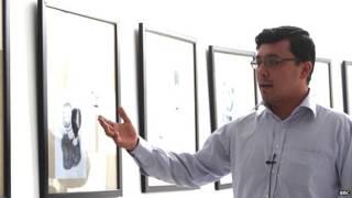 穆罕默德·埃尔法尼在伊朗做难民期间学会了创作卡通