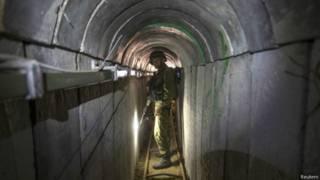 Солдат в туннеле