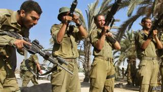 Израильские войска 4 августа 2014 года