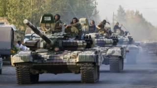Колонна азербайджанских танков на пути к Агдаму
