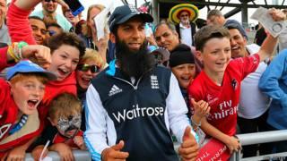 मोईन अली, इंग्लैंड क्रिकेटर