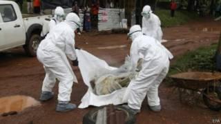 الصحة العالمية توصي باستخدام عقاقير تجريبية لعلاج إيبولا