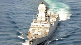 भारतीय नौसेना का युद्धपोत आईएनएस कोलकाता
