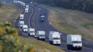 Convoy de camiones rusos con ayuda para el este de Ucrania
