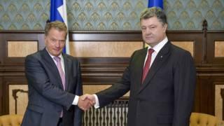 Президенты Финляндии и Украины Саули Ниинисте и Петр Порошенко