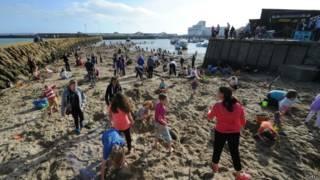 Praia de Folkestone (Getty)