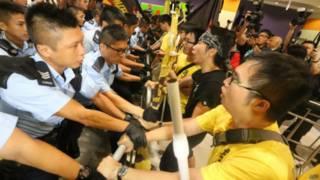 Manifestantes pró-democracia na China (AFP)