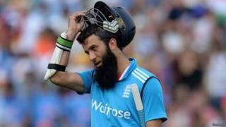 मोईन अली, क्रिकेट, इंग्लैंड