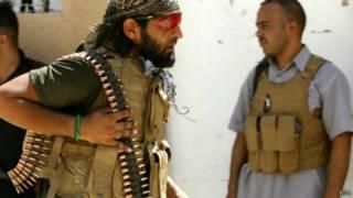 أحد مسلحي الشيعة العراقيين