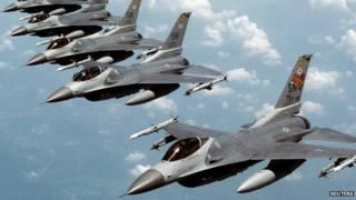 Aviões militares dos Estados Unidos / Crédito: Reuters