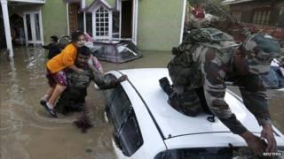 कश्मीर बचाव कार्य