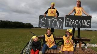 Протест против добычи сланцевого газа