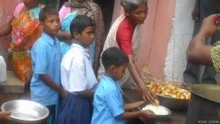 झारखंड में दोपहर का भोजन कार्यक्रम में अंडा देने की योजना