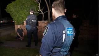 арест на улице