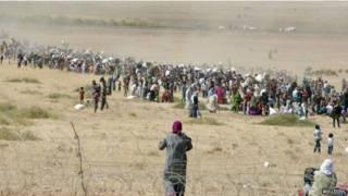 Turquía: 40.000 refugiados cruzaron la frontera desde Siria