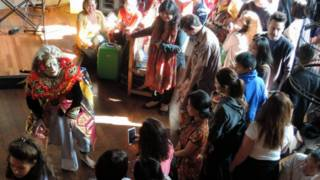 Tarian Indonesia. Foto oleh Teguh Wicaksono untuk BBC Indonesia