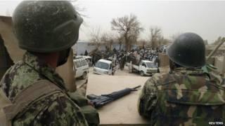 Soldados afganos en una base de EE.UU. en Kandahar, Afganistán, en marzo de 2011.