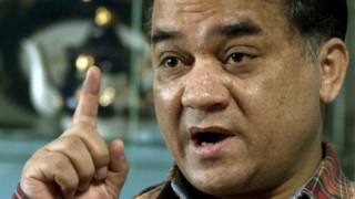 伊力哈木在北京接受采访(2/2013)