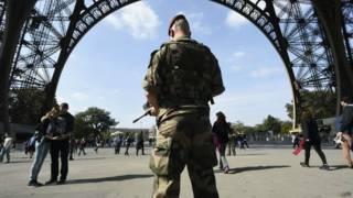 Французский полицейский из антитеррористического отдела
