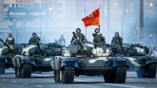 Белорусские танки на параде