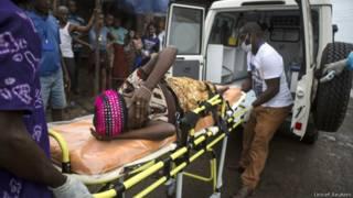 Serra Leoa é um dos países mais atingidos pelo surto de ebola