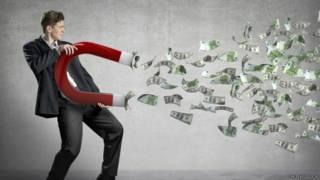 Ilustração de pessoa atraindo dinheiro. Foto: Thinkstock