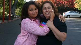 Zoey y su madre Ofelia