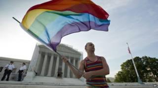 समलैंगिक शादियों का समर्थक